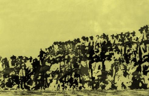 Chùm ảnh khó quên về Hà Nội mùa đông năm 1946 (3): Hà Nội hát khúc ca khải hoàn ảnh 13