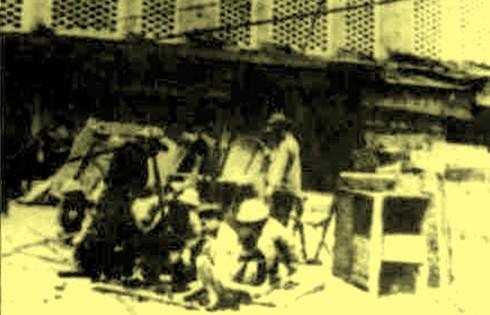 Chùm ảnh khó quên về Hà Nội mùa đông năm 1946 (3): Hà Nội hát khúc ca khải hoàn ảnh 7