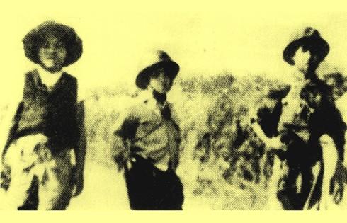 Chùm ảnh khó quên về Hà Nội mùa đông năm 1946 (3): Hà Nội hát khúc ca khải hoàn ảnh 5