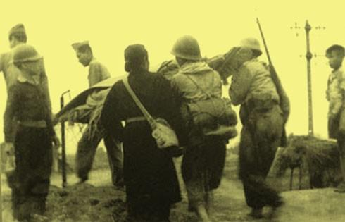 Chùm ảnh khó quên về Hà Nội mùa đông năm 1946 (3): Hà Nội hát khúc ca khải hoàn ảnh 2