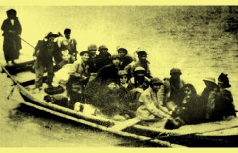 Chùm ảnh khó quên về Hà Nội mùa đông năm 1946 (3): Hà Nội hát khúc ca khải hoàn ảnh 12