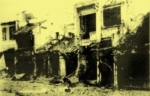 Chùm ảnh khó quên về Hà Nội mùa đông 1946 (4): Phố phường Hà Nội những năm kháng chiến ảnh 5