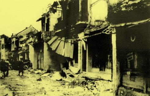 Chùm ảnh khó quên về Hà Nội mùa đông 1946 (4): Phố phường Hà Nội những năm kháng chiến ảnh 3