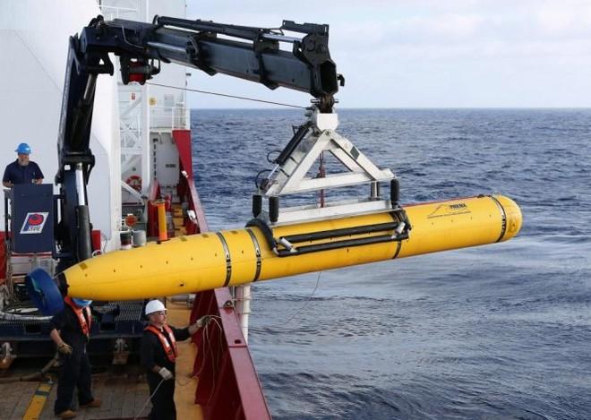 Tàu lặn không người lái của Mỹ bị tàu chiến Trung Quốc thu giữ khi đang tham gia hoạt động nghiên cứu khoa học tại vùng biển quốc tế của Biển Đông (Ảnh: Reuters)