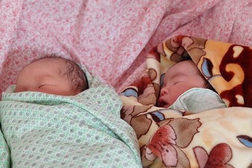 Nhật ký 72 giờ đầu tiên của em bé sơ sinh thế hệ 2016 ảnh 10