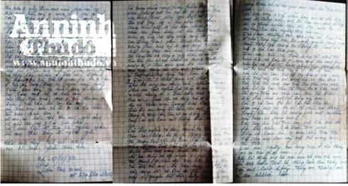 Những bức thư từ chiến trường mà bà Phúc còn giữ được đã giúp ông Hạnh tìm được quê quán của cha (Ảnh nhân vật cung cấp)