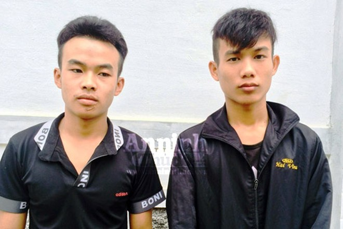 Nguyễn Văn Lâm và Dương Văn Thắng tại cơ quan Công an