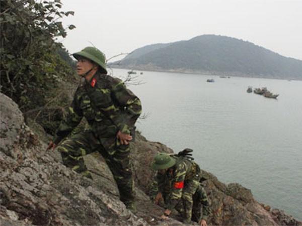 Bộ đội thường xuyên tuần tra nên rừng nguyên sinh trên đảo không bị xâm hại
