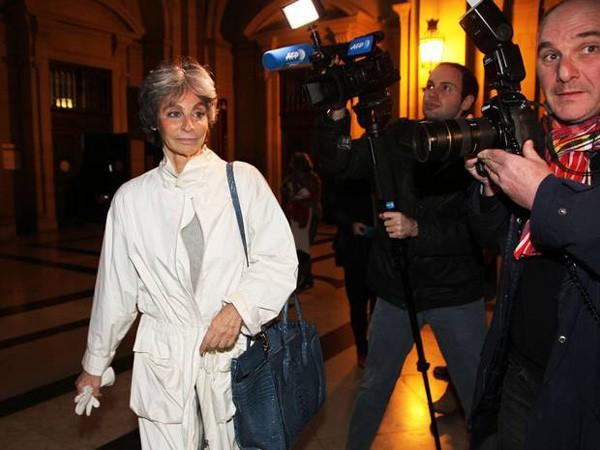 Người thừa kế hãng thời trang danh tiếng Pháp lĩnh án ảnh 1