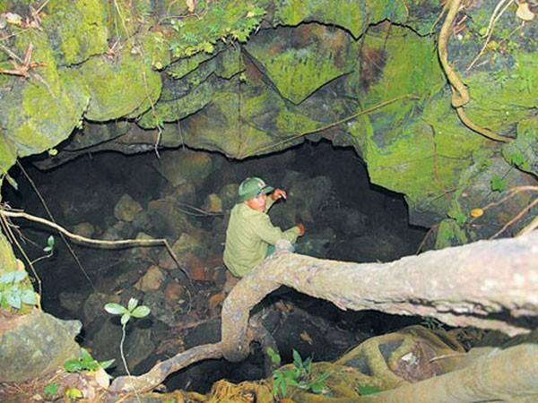 Không mở tour thám hiểm hang động núi lửa Krông Nô ảnh 1