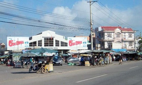 Trung tâm chợ Trảng Bàng, nơi bọn chúng kêu anh Nghiệp đến.- Ảnh: Thiện Thảo