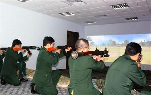 """""""Trường bắn ảo"""" do Học viện KTQS chế tạo có thể áp dụng cho 9 loại súng"""