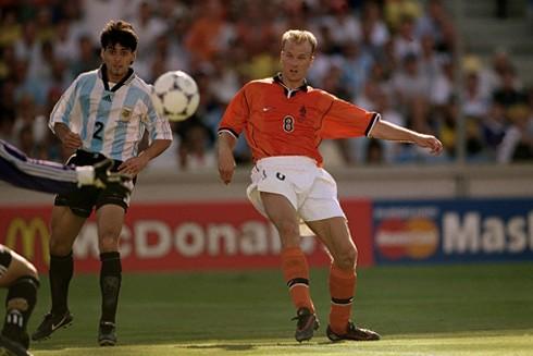 Khoảnh khắc thiên tài trước Argentina tại World Cup 1998