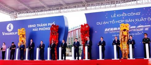 Ngày 2/9/2017, Vingroup khởi công Dự án Tổ hợp sản xuất ô tô VINFAST tại khu kinh tế Đình Vũ – Cát Hải (Hải Phòng)
