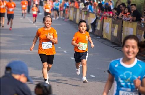 Người tham gia giải chạy có nhiều lứa tuổi khác nhau