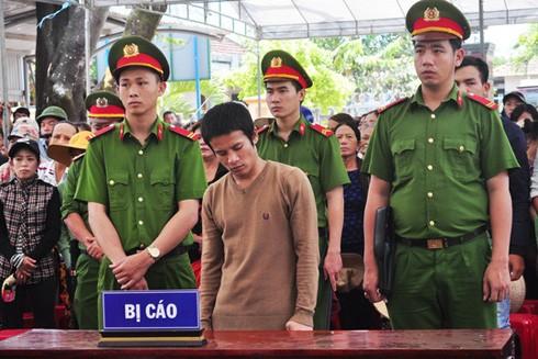 Bị cáo Trần Trung Việt tại tòa