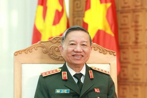 Đại tướng Tô Lâm, Ủy viên Bộ Chính trị, Bộ trưởng Bộ Công an trả lời phỏng vấn phóng viên Thông tấn xã Việt Nam. (Ảnh: Doãn Tấn/TTXVN)