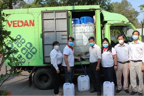 Vedan Việt Nam đồng hành cùng Hội Chữ thập đỏ huyện Long Thành phun xịt, tẩy rửa, khử trùng bao gồm các cấp Mầm non, Tiểu học, Trung học Cơ sở trên địa bàn
