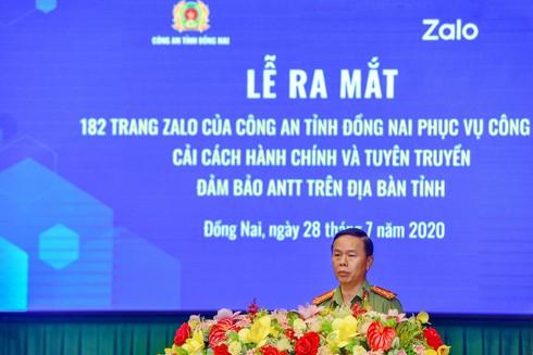 Đại tá Trần Tiến Đạt phát biểu tại lễ ra mắt 182 trang Zalo của công an tỉnh Đồng Nai