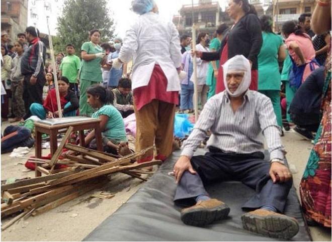 Nepal: 876 người chết trong trận động đất kinh hoàng ảnh 5
