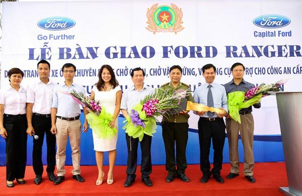 Ford Việt Nam bàn giao 75 xe Ford Ranger XL tới Bộ Công an ảnh 2
