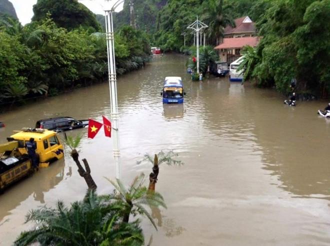 Quảng Ninh chìm trong trận mưa lũ lớn nhất trong vòng 4 thập kỷ ảnh 8