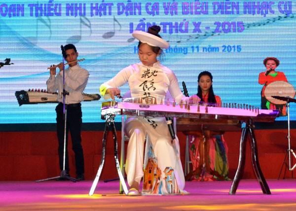 Liên hoan Thiếu nhi hát dân ca và biểu diễn nhạc cụ dân tộc TP.Hà Nội lần thứ X ảnh 1