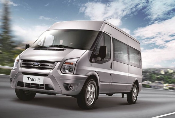 Ford Transit bán được 555 xe trong tháng 11