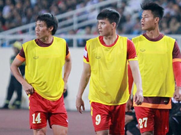 HLV Hữu Thắng gọi lại cầu thủ đã tuyên bố giã từ ĐTQG ảnh 1