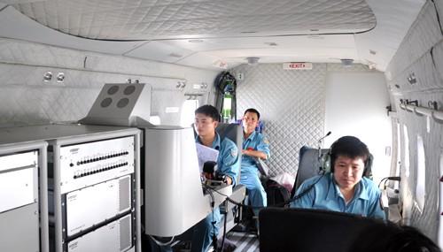 Máy bay Cảnh sát biển đang tìm kiếm phi công Su-30 MK2 đột ngột mất liên lạc ảnh 2