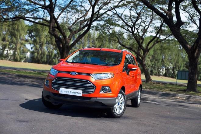 """Tháng """"cô hồn"""", Ford Việt Nam vẫn bán chạy"""