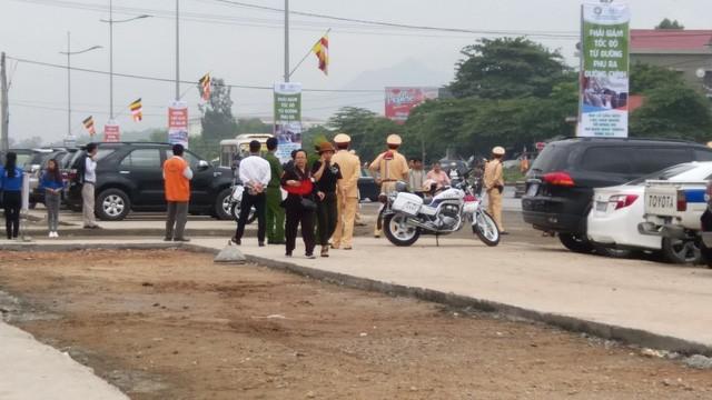 Công tác chuẩn bị cho Đại lễ cùng được tỉnh Quảng Ninh chuẩn bị chu đáo. Lực lượng Công an, Thanh tra giao thông được huy động để đảm bảo ANTT