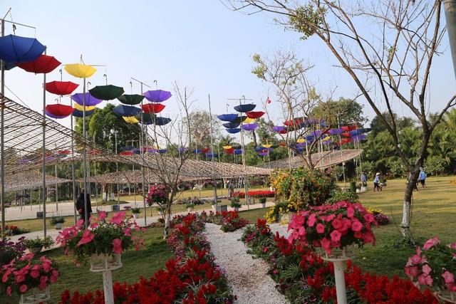 Có gì cuốn hút ở lễ hội hoa Xuân lớn nhất miền Bắc? ảnh 5