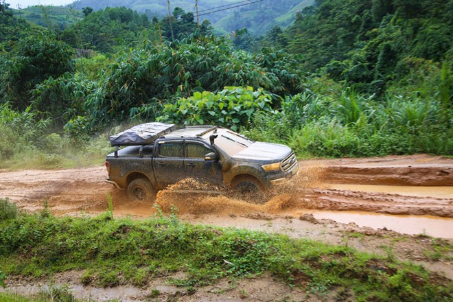 Ford Việt Nam vẫn bán được xe trong bối cảnh người mua chờ chính sách mới về ôtô