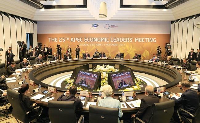 Các nhà Lãnh đạo 21 nền kinh tế Diễn đàn Hợp tác Kinh tế châu Á - Thái Bình Dương (APEC) họp
