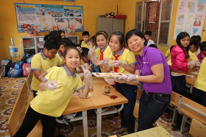 """Mondelez Kinh Đô triển khai dự án """"Vui tới trường"""""""