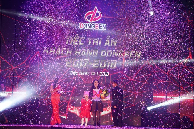 Đại lý Phú Mẫn – Thành phố Hồ Chí Minh vinh dự nhận danh hiệu Đại lý xuất sắc nhất với trị giá giải thưởng là 500 triệu đồng