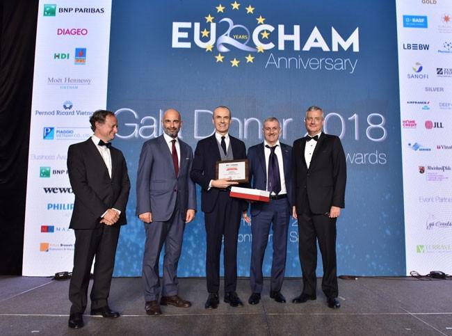 """Tập đoàn Piaggio đạt giải Nhất """"Doanh nghiệp xuất sắc"""" 2018 của EuroCham"""