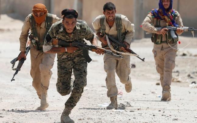 Ông Esper: Mỹ, NATO không coi YPG là khủng bố ảnh 1