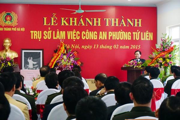 Đồng chíNguyễn Văn Thắng, Bí Thư quận ủy quận Tây Hồ phát biểu trong buổi lễ khánh thành trụ sở CAP Tứ Liên