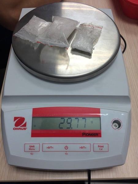Số tang vật được xác định là ma túy tổng hợp thu được từ trong hành lý của đối tượng Nhàn