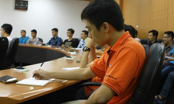 48 đội thi lọt vào vòng 2 đã có buổi gặp gỡ đầu tiên qua hệ thống Telepresence