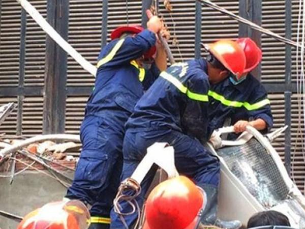 Lực lượng cứu hộ, cứu nạn tại vụ nhà sập trên phố Trần Hưng Đạo, Hà Nội