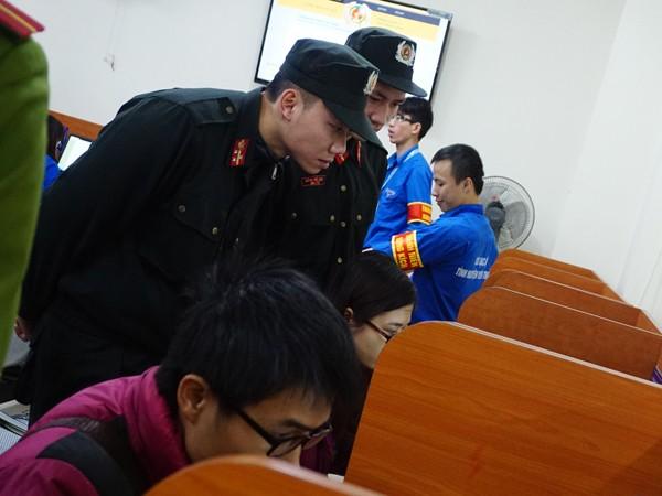 Nhiều hoạt động của tuổi trẻ Công an Thủ đô giúp đỡ người dân ảnh 5