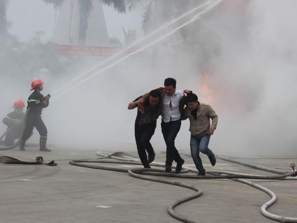 Nâng cao nghiệp vụ cứu nạn cứu hộ và cấp cứu ảnh 8