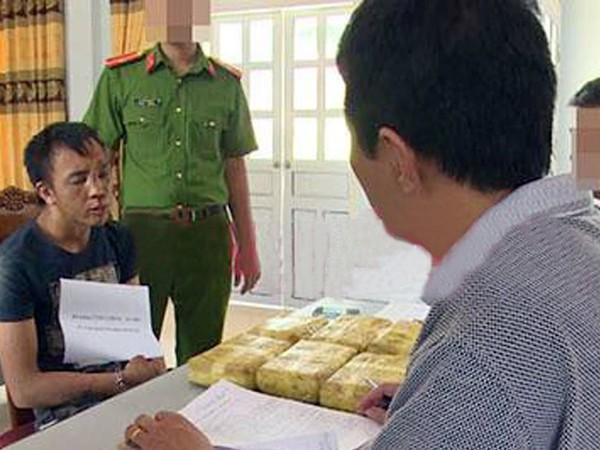 Cơ quan CSĐT đang lấy lời khai đối tượng Phong