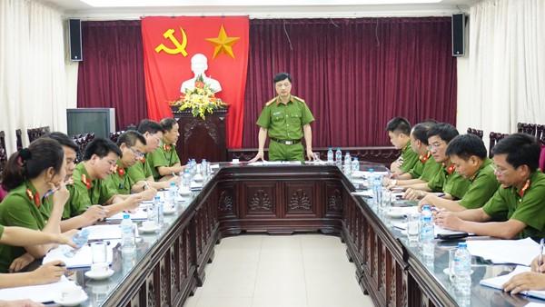 Đại tá Nguyễn Duy Ngọc phát biểu chỉ đạo tại buổi đánh giá kết quả công tác 6 tháng đầu năm 2016