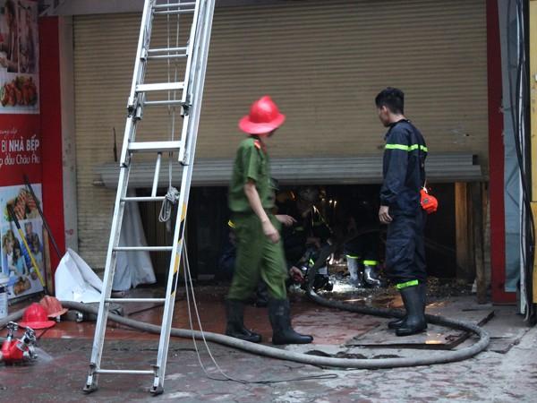 Đám cháy đã thiêu rụi nhiều tài sản có giá trị