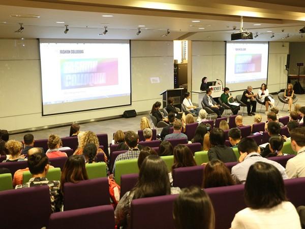 Các chuyên gia thời trang đến từ nhiều quốc gia tham gia buổi hội thảo