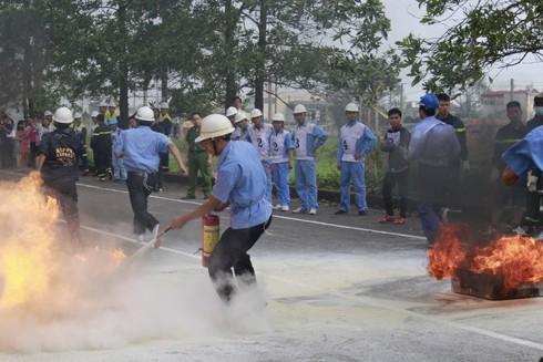 Tập huấn nâng cao kỹ năng xử lý đám cháy